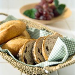 遠くても食べたい!「あの街の美味しいパン」と「パンに合わせる美味しい逸品」を楽しもう